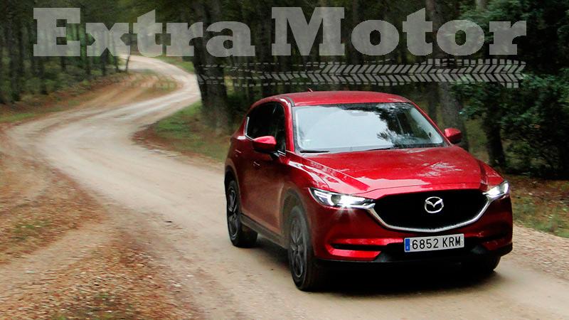 Prueba Mazda CX-5, tres cuartos trasero, tres cuartos delantero, pista