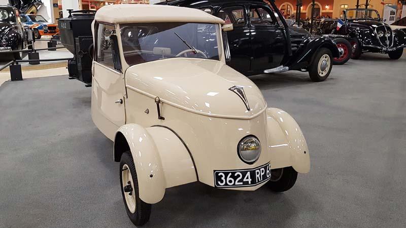 Peugeot en Retromobile, VLV