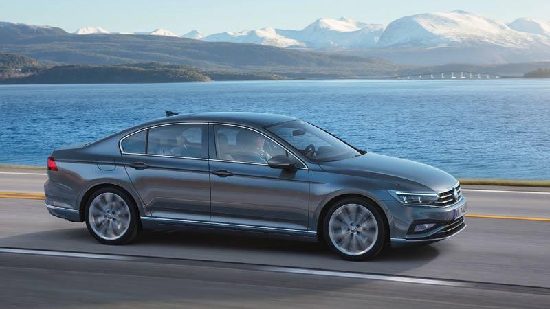 Volkswagen Passat 2019, lateral