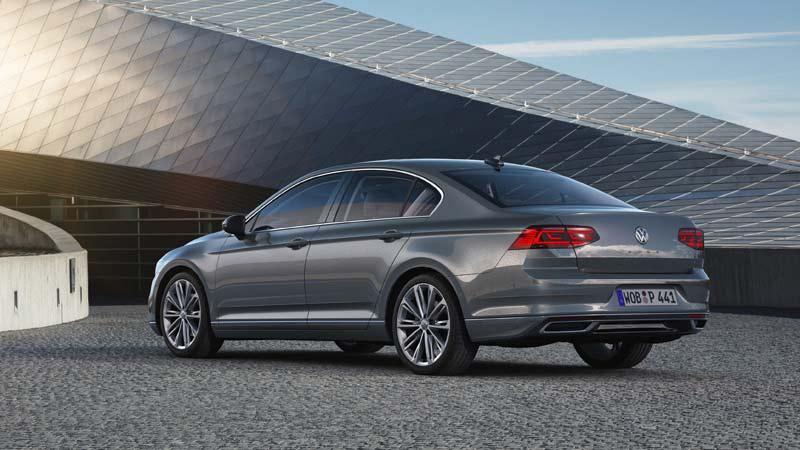 Volkswagen Passat 2019, tres cuartos trasero