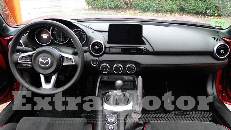 Prueba Mazda MX-5 2018, habitáculo