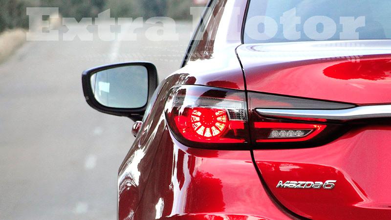 Prueba Mazda6 2018, detalle logo