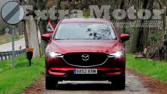 Prueba Mazda CX-5, tres cuartos trasero, frontal